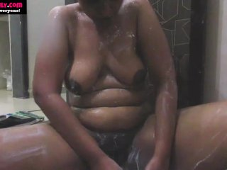 BigTits Indian Babe in arms Lily In Shower Masturbate