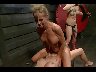 Julia's Bitches 6