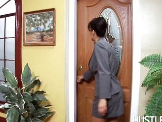 Lisa Ann-Business women fucked by two soldier