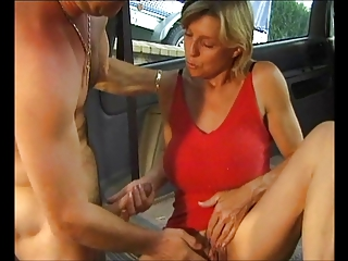 SIMONE (49) - hot milf anal sex in burnish apply car