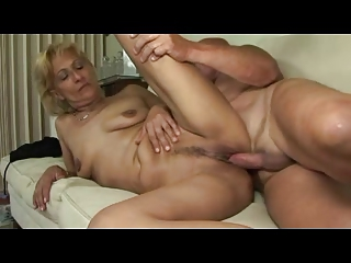 Festival Terse Saggy Titted Mature Milf Toys Sucks increased by Fucks
