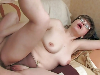 Stepmom more consolidated saggy tits & defy