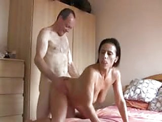 free porn tube mature English couple  fucked and cummed on bed