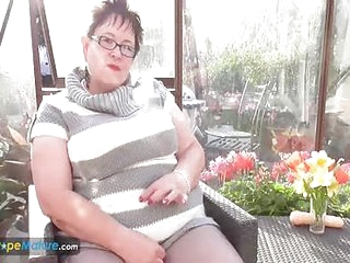 EuropeMaturE Sweet BBW Honey Masturbation